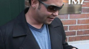 Video: Jon Gosselin reads email from