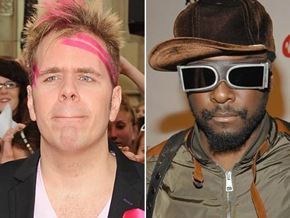VIDEO: Perez Hilton curses at will.i.am outside of an awards show.