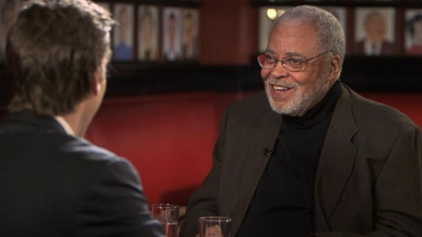 abc wn james earl jones kb 141205 16x9 608 James Earl Jones Having Fascinating Time in Return to Broadway