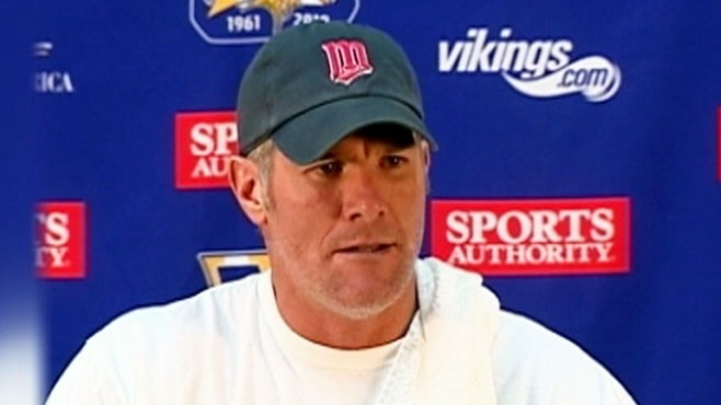VIDEO: Favre is accused of making unwanted sexual advances at a former Jets employee.