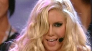 Video: Heidi Montag performs at the Miss Universe pageant.