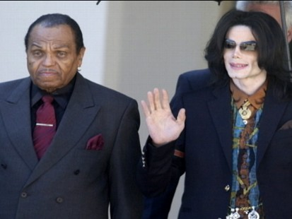 VIDEO: Joe Jackson says his wife Katherine couldve prevented Michael Jacksons death.