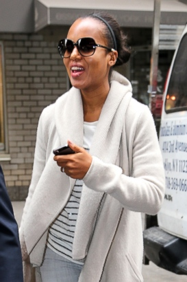 Kerry Washington Steps Out Amidst Pregnancy Rumors?