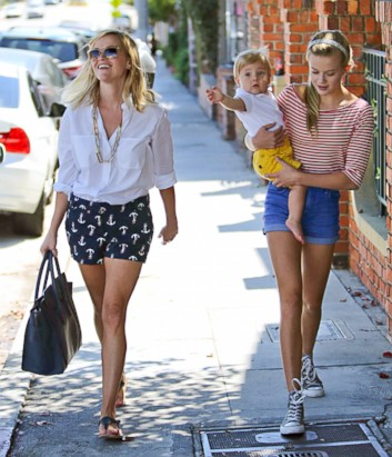 Reese Witherspoon's Family Outing