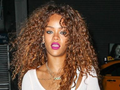 Rihanna Visits a NYC Tattoo Parlor