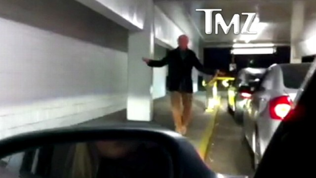 "VIDEO: ""Curb Your Enthusiasm"" creator cant figure out how to get the gate open."