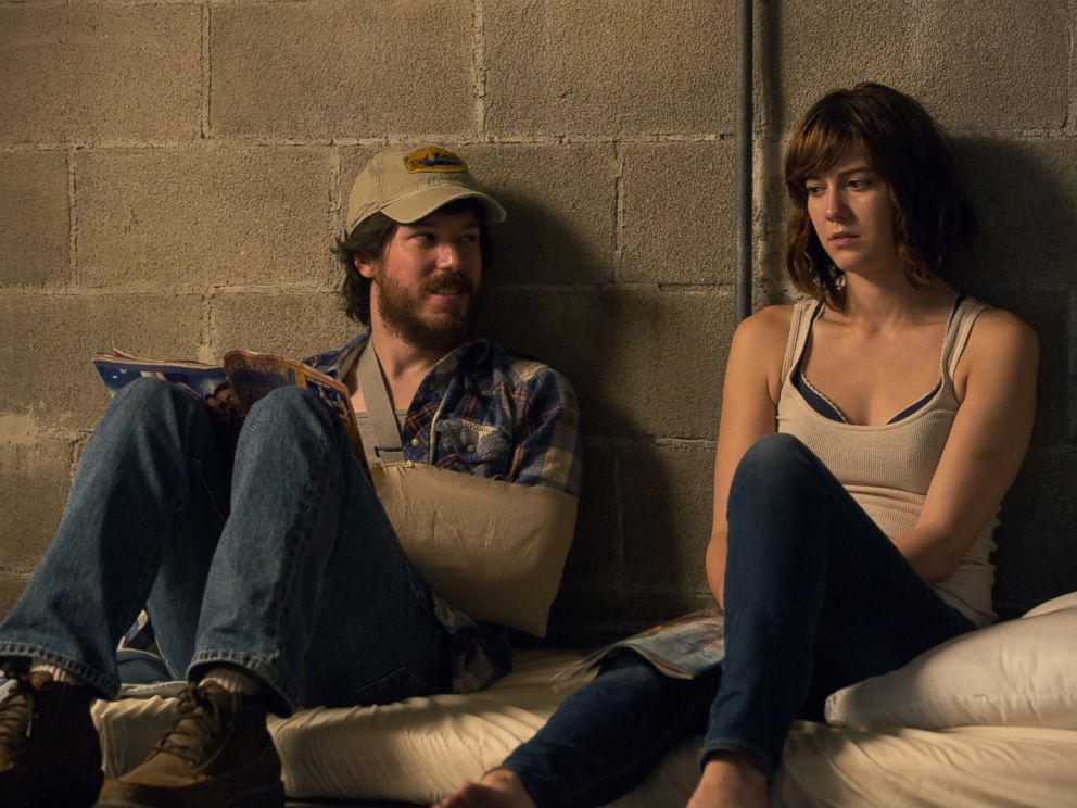 PHOTO: This image released by Paramount Pictures shows John Gallagher Jr., left, and Mary Elizabeth Winstead in a scene from 10 Cloverfield Lane.