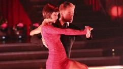 PHOTO: This May 13, 2013 photo released by ABC shows country singer Kellie Pickler and her partner Derek Hough performing on the celebrity dance competition series