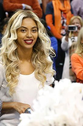 Beyonce Goes Blonder Than Ever!