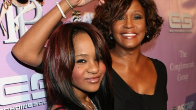 PHOTO: Bobbi Kristina and Whitney Houston