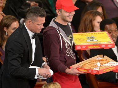 Ellen Gives Oscars Pizza Deliveryman Huge Tip