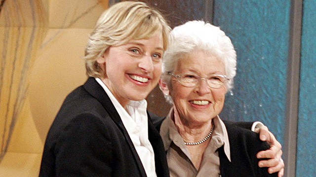 PHOTO: Talk show host Ellen Degeneres, left, hugs her mother, Betty DeGeneres, during an episode of