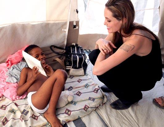 Olivia Wilde Joins Haiti Relief Efforts
