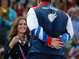 Photos: Kate Awards Medals at Paralympics