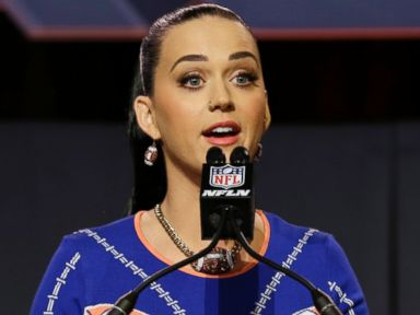 PHOTO: Katy Perry answers questions at a halftime news conference for NFL Super Bowl XLIX football game, Jan. 29, 2015, in Phoenix.