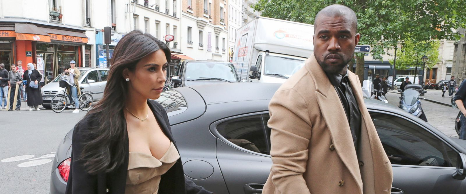 PHOTO: Kim Kardashian and Kanye West arrive at a luxury shop in Paris, Wednesday, May 21, 2014.