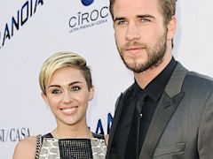 PHOTO: Miley Cyrus and Liam Hemsworth