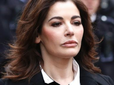 PHOTO: Nigella Lawson arrives at Isleworth Crown Court in London, Dec. 4, 2013.