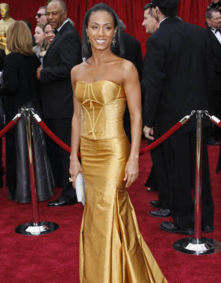 "Hollywood actor Will Smith, who most recently appeared in ""Pursuit of Happyness,"" and his wife, actress Jada Pinkett Smith, shown here at the 2007 Oscars, both gave the maximum individual contribution -- $4,600 -- to Obama."