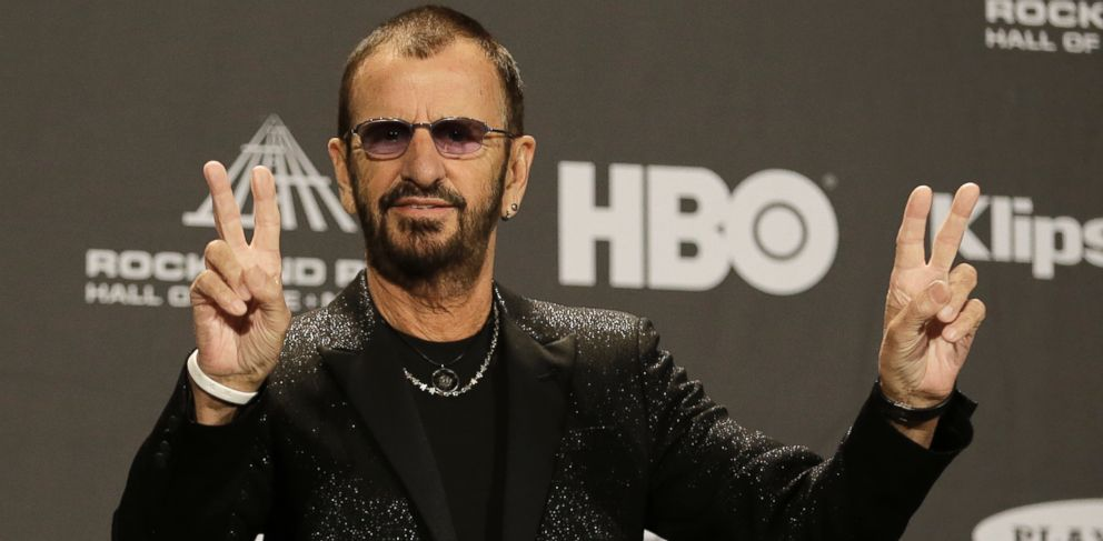 PHOTO: Ringo Starr makes peace signs at the Rock and Roll Hall of Fame Induction Ceremony Saturday, April 18, 2015, in Cleveland.