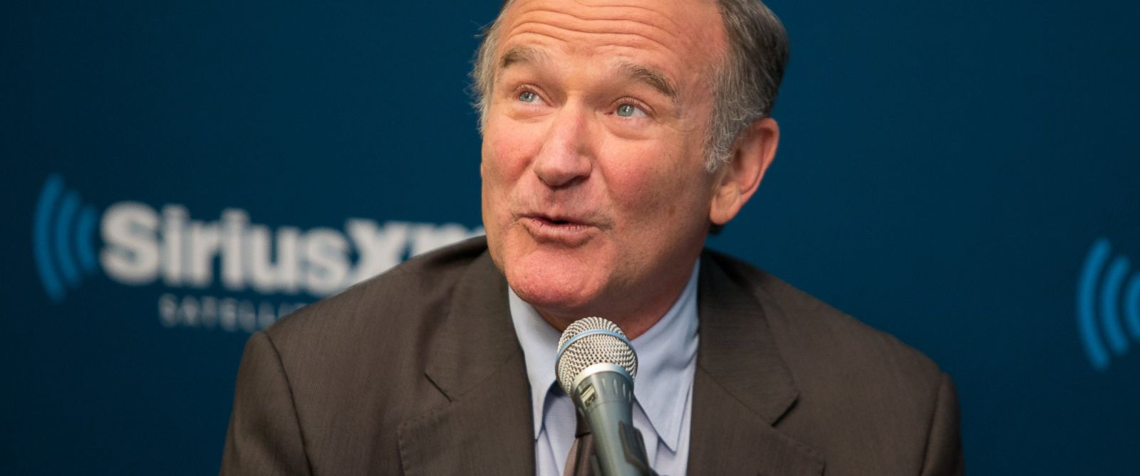 PHOTO: This Sept. 25, 2013 photo released by SiriusXM radio shows Robin Williams during the Entertainment Weekly Radio town hall in New York.