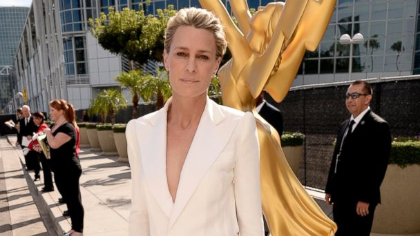 PHOTO: Robin Wright arrives at the 66th Primetime Emmy Awards at the Nokia Theatre L.A. Live on Aug. 25, 2014, in Los Angeles.