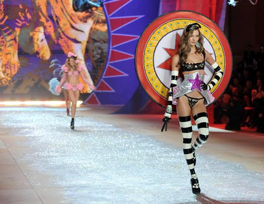 2012 Victoria Secret Fashion Show