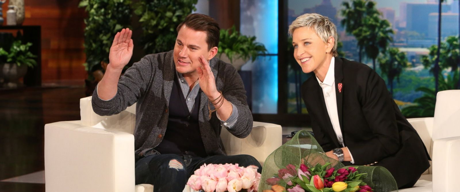 "PHOTO: Channing Tatum joins ""The Ellen DeGeneres Show"" on Jan. 28, 2016 to help Ellen celebrate her birthday"