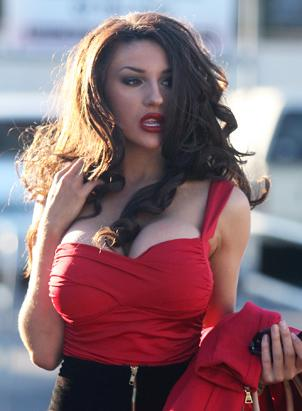 Courtney Stodden Goes Brunette