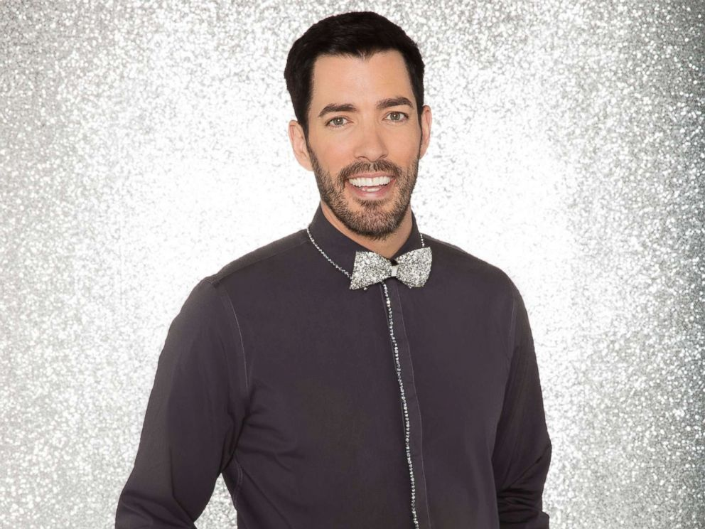 PHOTO: Drew Scott will compete for the mirror ball title on the new season Dancing With The Stars.