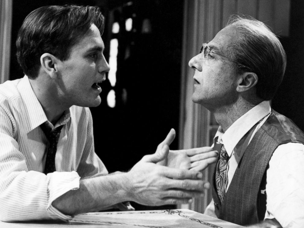 PHOTO: John Malkovich and Dustin Hoffman in Death of a Salesman, 1985.