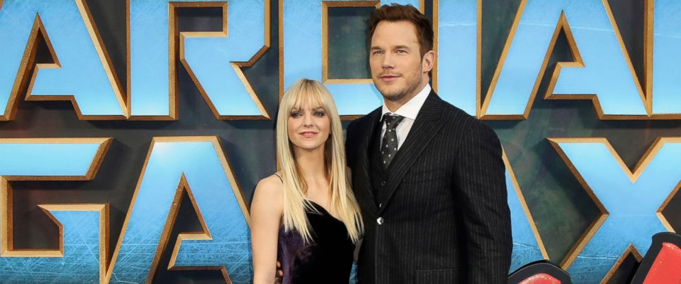 """PHOTO: Actors Anna Faris and Chris Pratt pose for photographers upon arrival at the premiere of the film """"Guardians of the Galaxy Vol.2"""" in London, April 24, 2017."""