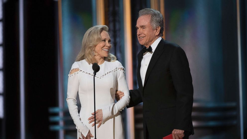 Oscars 2018: Faye Dunaway and Warren Beatty present the ...
