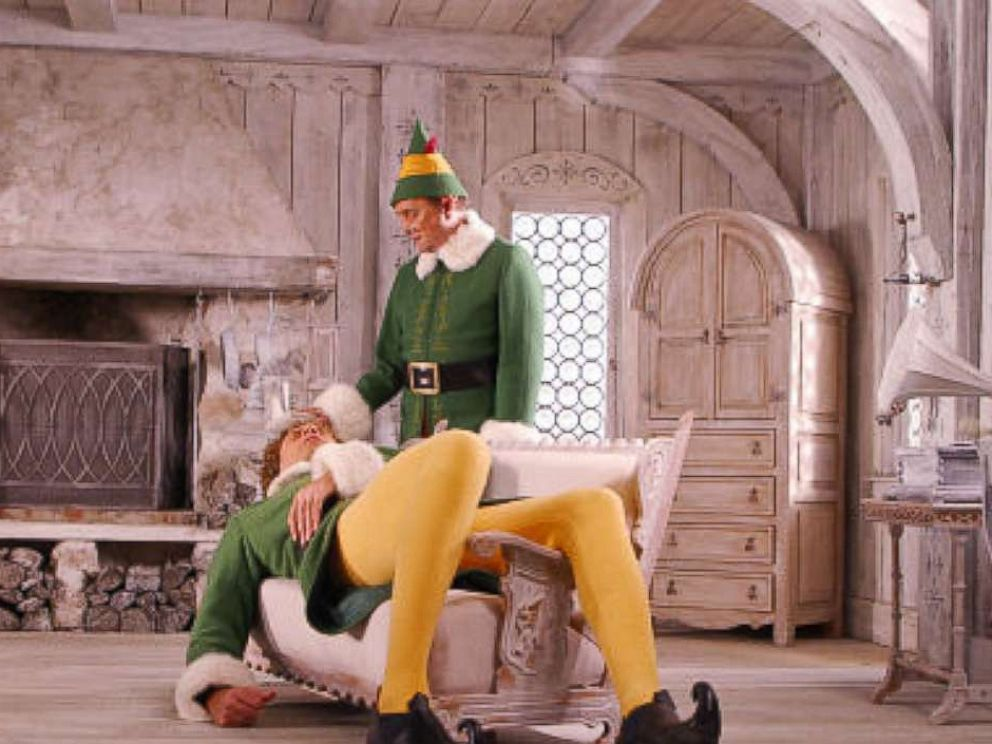 PHOTO: Will Ferrell and Bob Newhart in Elf,2003.
