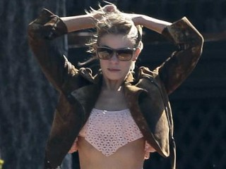 Photos: LeAnn Rimes Enjoys the California Sun