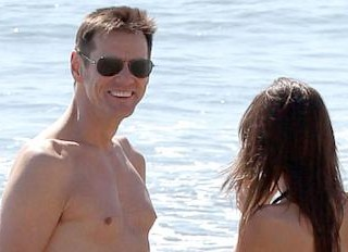 Photos: Jim Carrey and Girlfriend Soak Up the Sun
