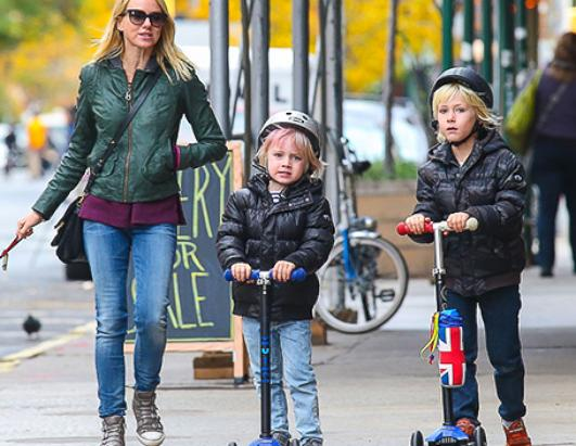 Naomi Watts Takes The Boys On A Scooter Ride