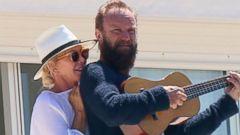Sting Serenades His Wife Trudie Styler