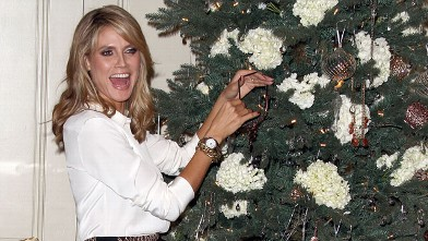 PHOTO: Heidi Klum Celebrates Holiday Shopping With QVC, held at The Four Seasons Hotel in Los Angeles, California, Nov. 21st, 2011.