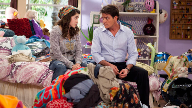 "PHOTO: A scene from the FX's new show ""Anger Management,"" starring Charlie Sheen."