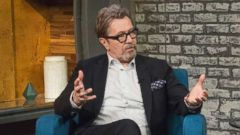 'PHOTO: Gary Oldman appears on' from the web at 'http://a.abcnews.com/images/Entertainment/gary-oldman-popcorn-abc-jt-180109_16x9t_240.jpg'