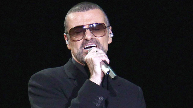 PHOTO: Singer George Michael performs at Mediolanum Forum, November 11, 2011 in Milan, Italy.