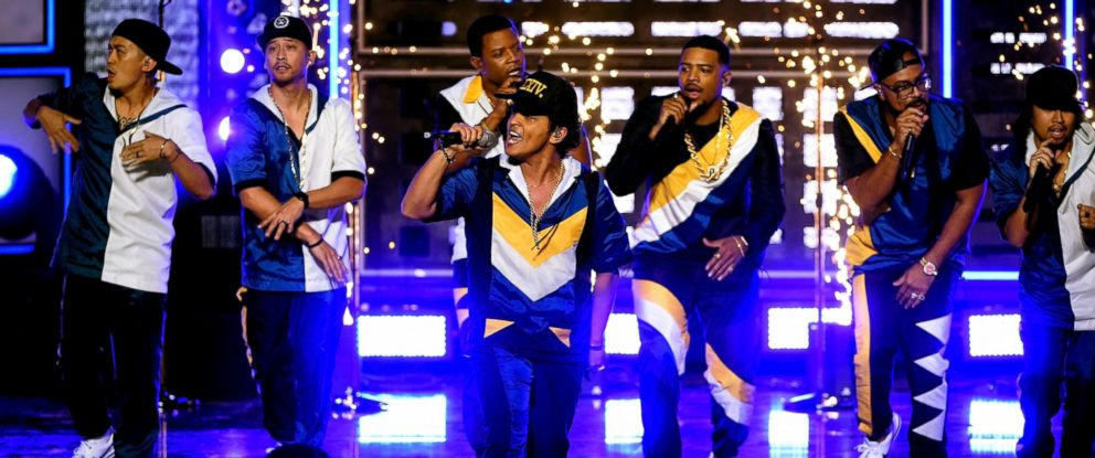 PHOTO: Bruno Mars performs onstage during the 2016 American Music Awards at Microsoft Theater in Los Angeles, Nov. 20, 2016.