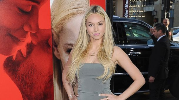 PHOTO: Corinne Olympios arrives at the Los Angeles Premiere of