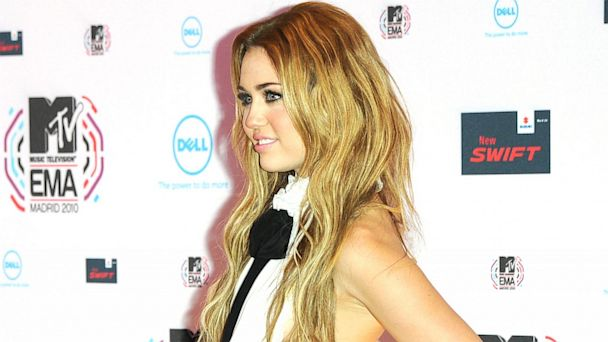PHOTO: Miley Cyrus attends the MTV Europe Music Awards