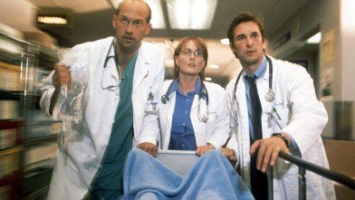 PHOTO: Anthony Edwards, Laura Innes and Noah Wyle act in scene in NBC's primetime drama series &quot;ER&quot;, 2001.