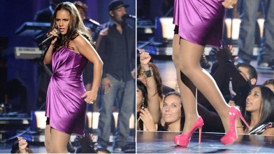 PHOTO: Alicia Keys performs onstage during the 2010 BET Awards held at the Shrine Auditorium, June 27, 2010 in Los Angeles, California.