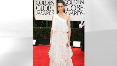 PHOTO: Actress Amanda Peet arrives at the 69th Annual Golden Globe, Jan. 15, 2012 in Beverly Hills, Calif.