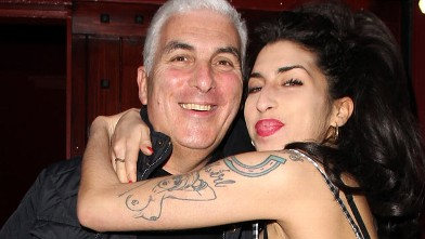 Amy Winehouse and her father Mitch Winehouse sighted outside Cityburlesque where her father was playing a gig on Oct. 7, 2010 in London, England.