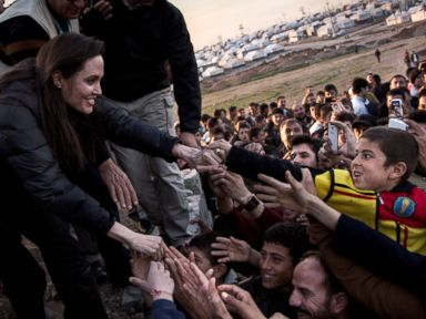Angelina Jolie Meets with Iraqi Refugees
